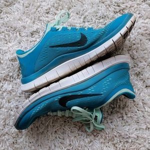 EUC Nike Free 3.0 running/training shoes